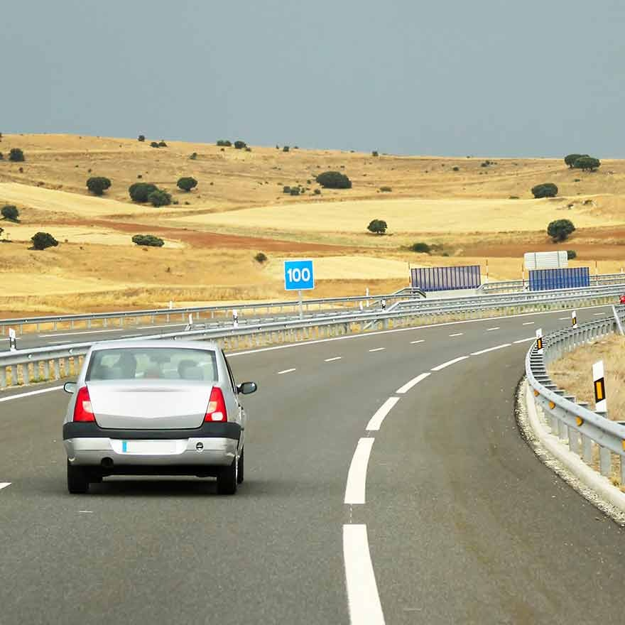 Auto op Spaanse snelweg