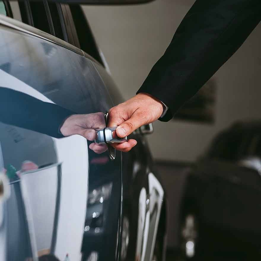 Auto opanmaken