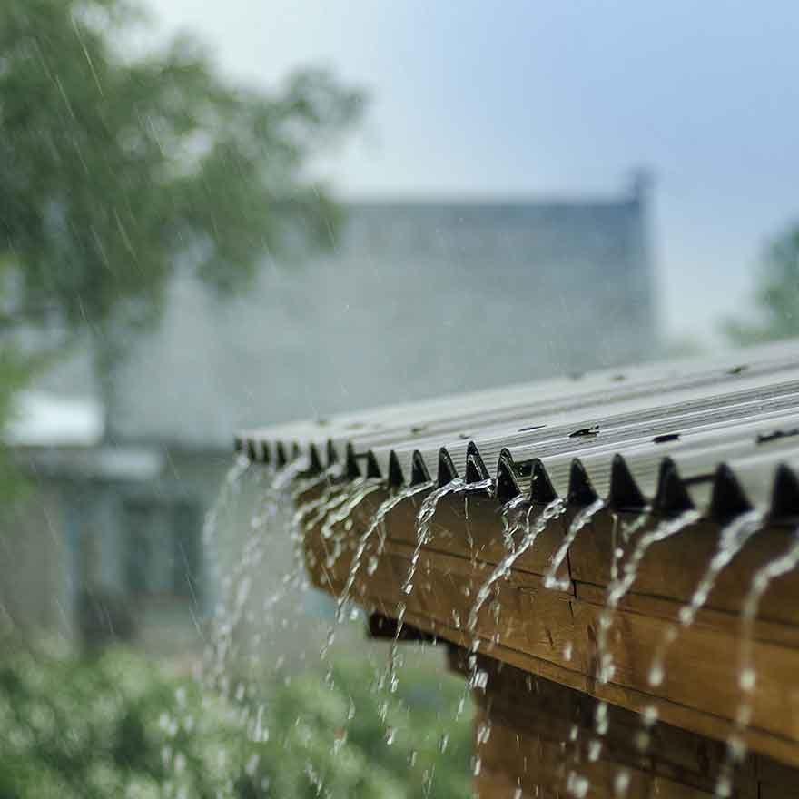 Regen op het dak